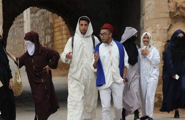"""شباب مغاربة يطلقون """"تشالنج"""" العودة الى الاصل فضيلة"""